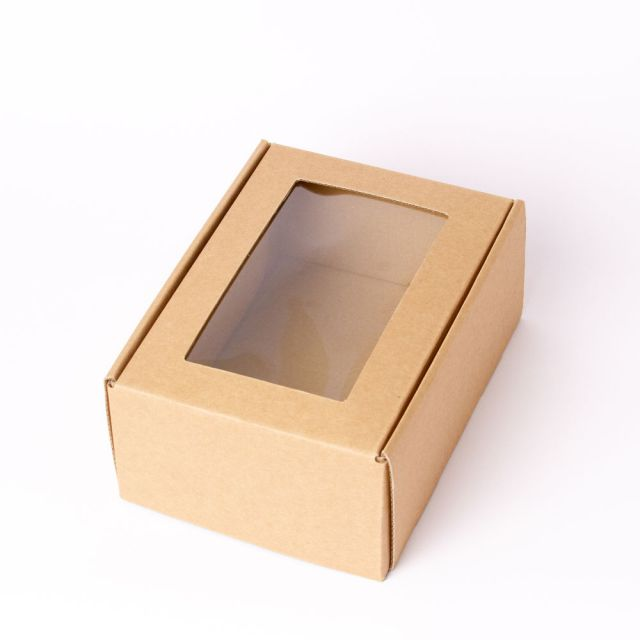 תמונת מוצר - קופסה לאריזת מתנה קטנה עם חלון מסדרת  - מחיר המוצר 10.0000 ש״ח